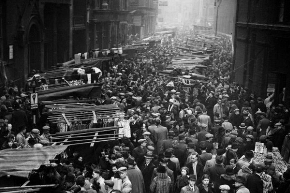 Shoppers pack Petticoat Lane Market in 1938