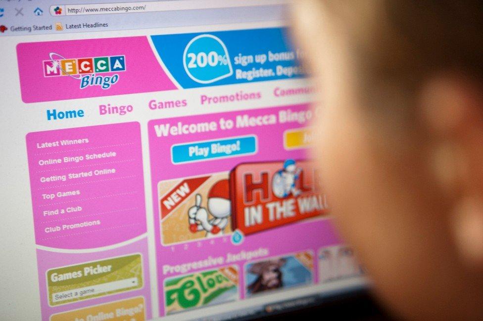 Orang yang bermain bingo online
