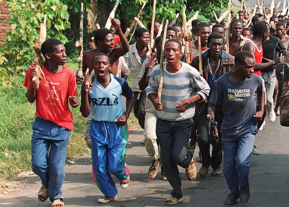 Hutu troops pictured in 1994
