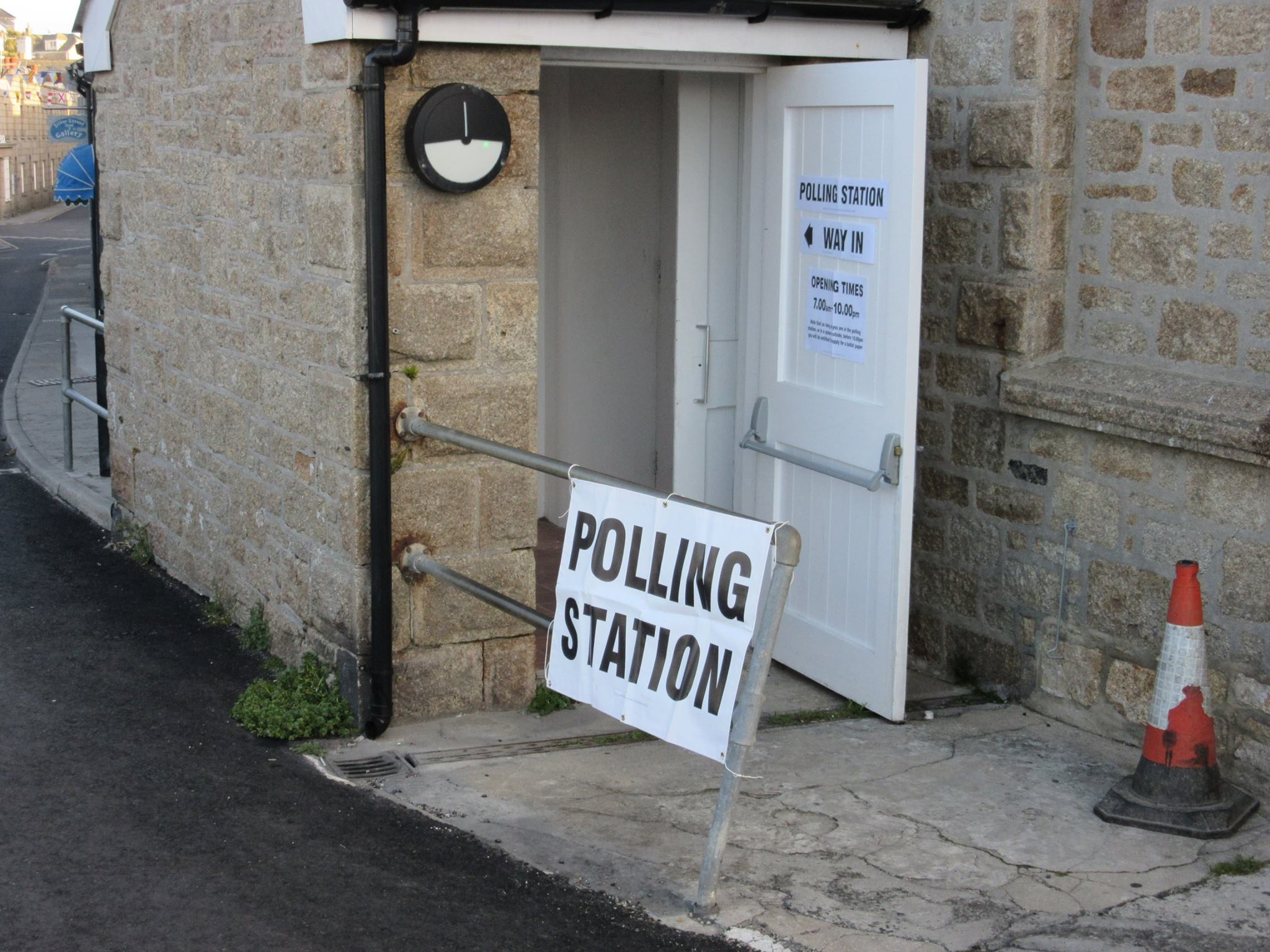 Scilly polling station