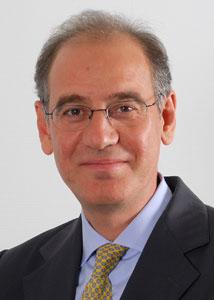 Rifat Atun, experto en Salud Pública