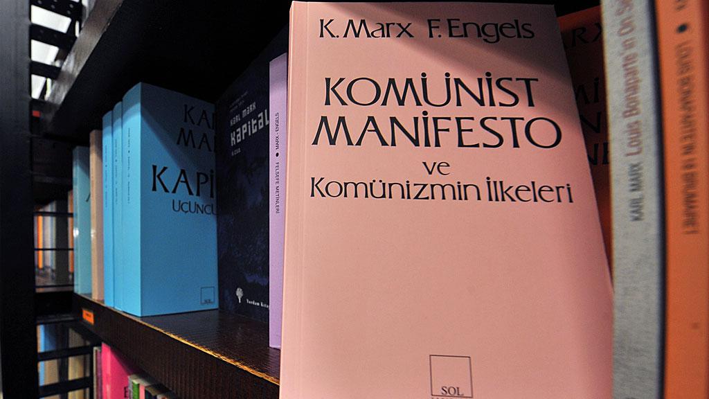 Manifiesto Comunista libro