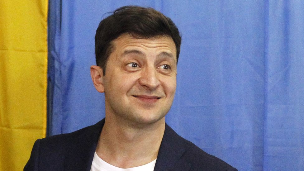 Ukraine's New Comedian President Calls for Snap Elections