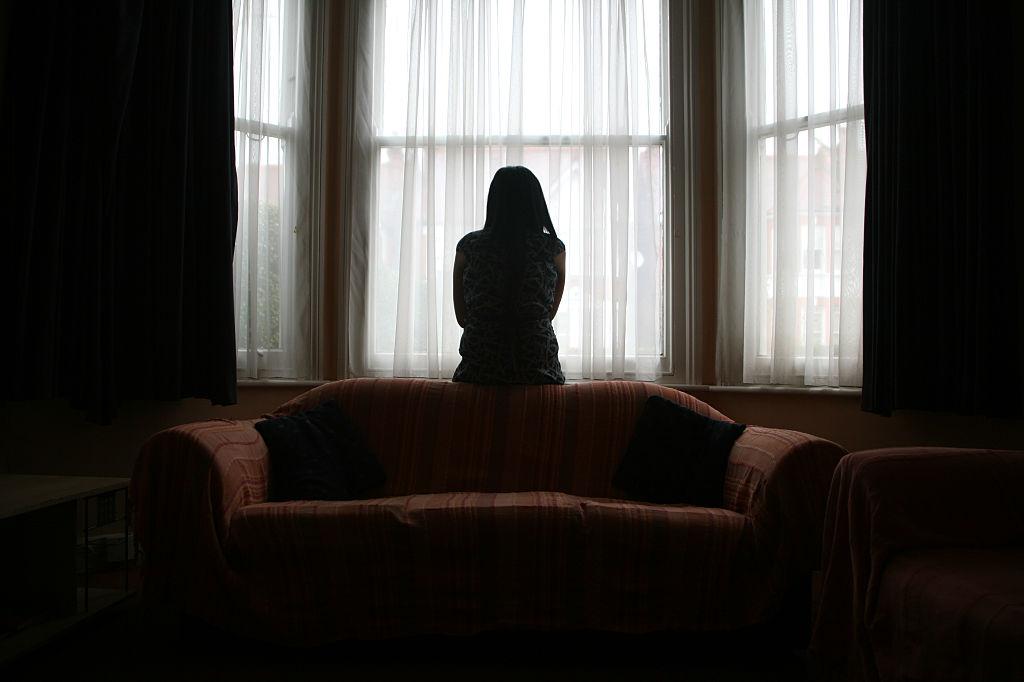 Mujer sola.