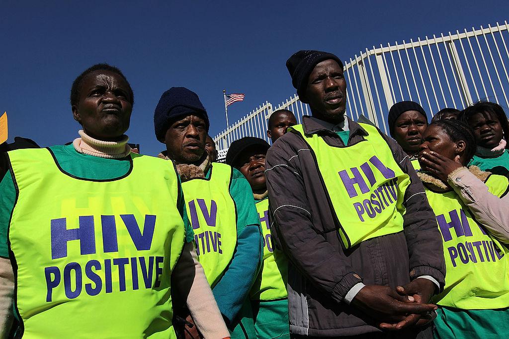 Mujeres con VIH protestando en Sudáfrica.