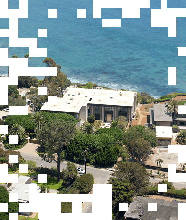 Photo of another of the Malibu mansions