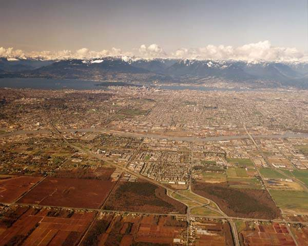View from the air near the north end of No 5 Road looking towards Vancouver (City of Richmond Archive)