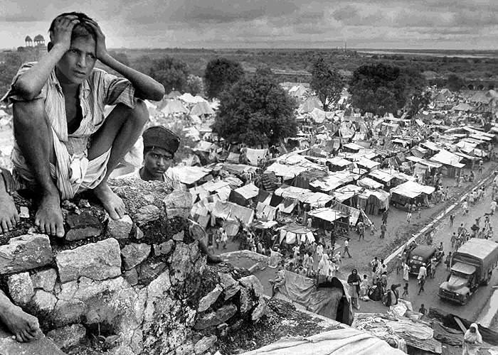 Boy at a refugee camp close to Delhi(Alamy)