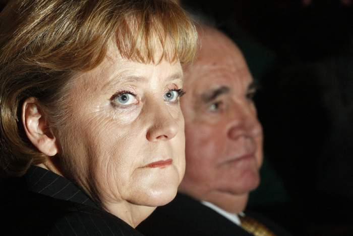 Merkel and Kohl in 2007: In his later years he was sometimes a critic of her policies
