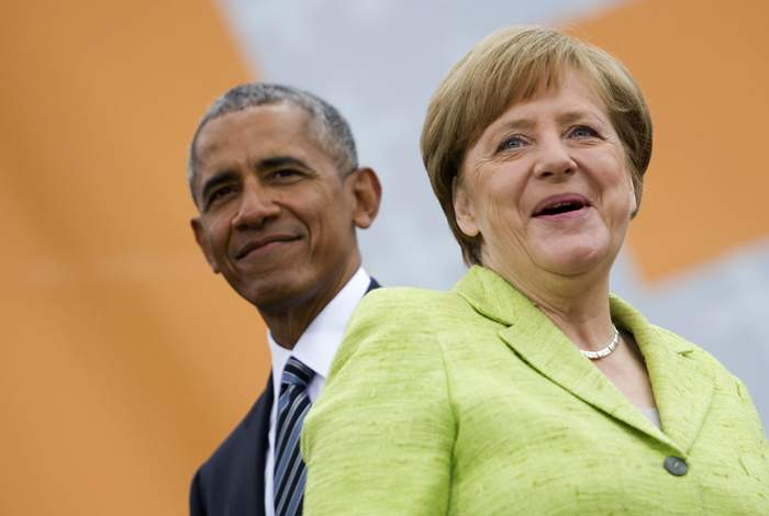 Barack Obama with Merkel in Berlin, May 2017