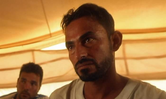 يخشى محمد من أن داره وأملاكه ستتعرض للسرقة بينما يقبع هو في معسكر المهجرين