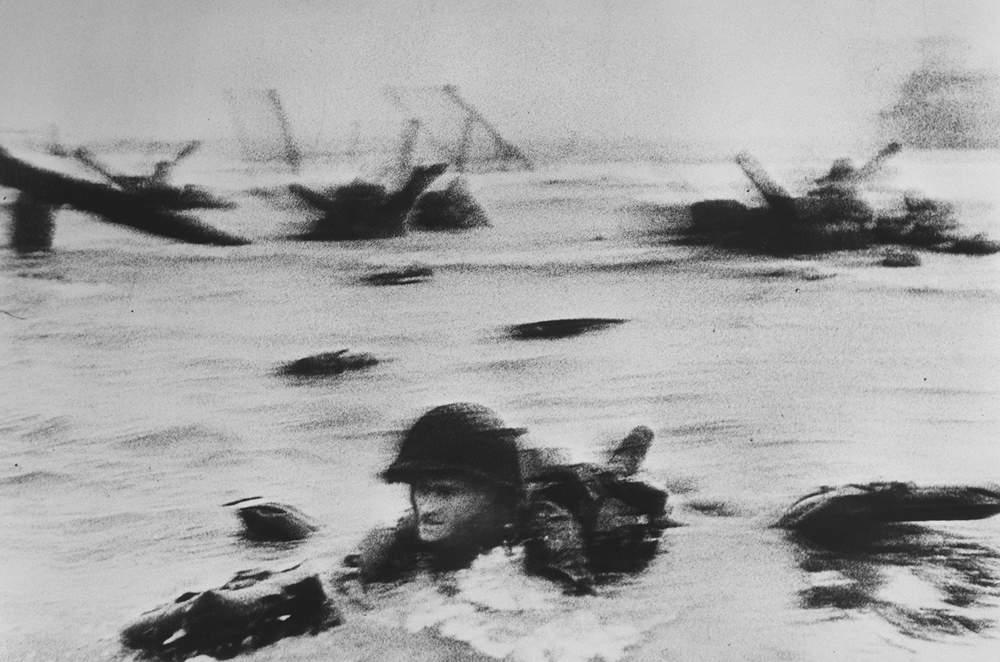 US troops assault Omaha Beach, D-Day landings, Normandy, 6 June 1944, Robert Capa