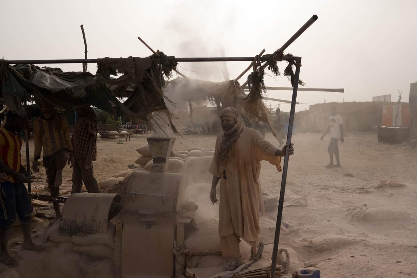 ملف سد النهضة  Nile_mining_sudan-mr_7ubusir