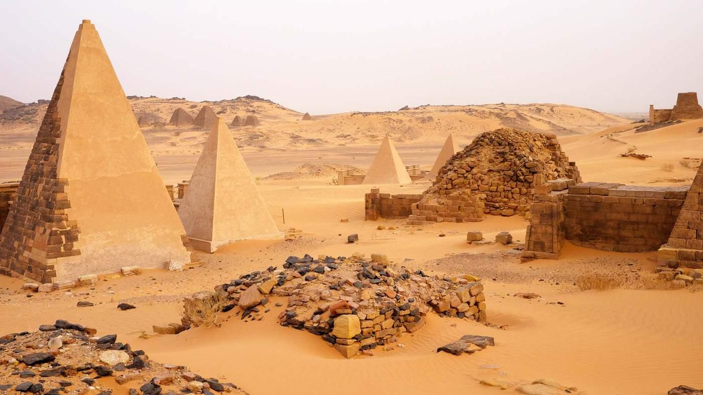 ملف سد النهضة  Nile_pyramids_sudan_1920-mr_ncan4jc