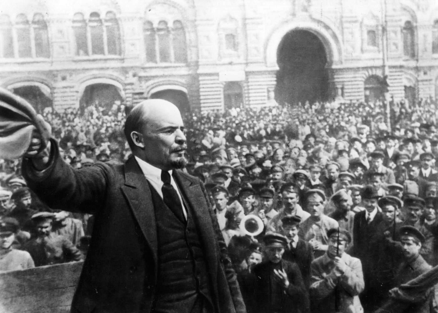 1917: Dünyayı Değiştiren Devrimlerin Yılı  - BBC Türkçe
