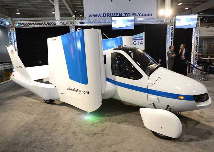 Terrafugia's flying car