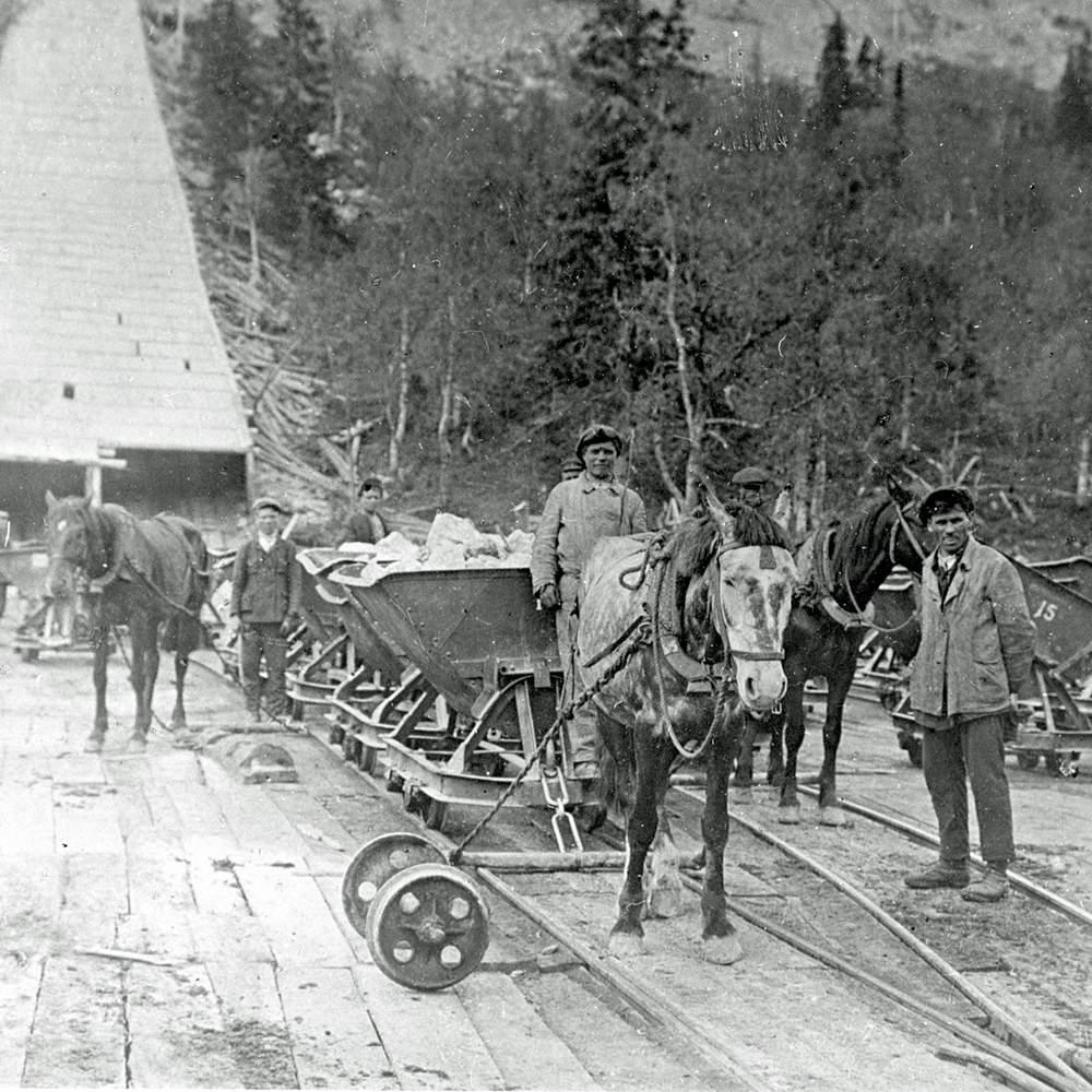 Перевозка руды в 1930-е годы