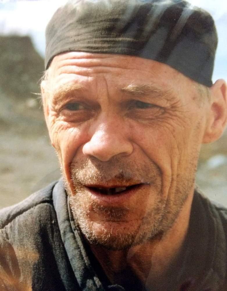 Александр Бондарев в роли зэка
