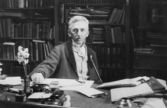 Hungarian author Geza Gardonyi (1863-1922)