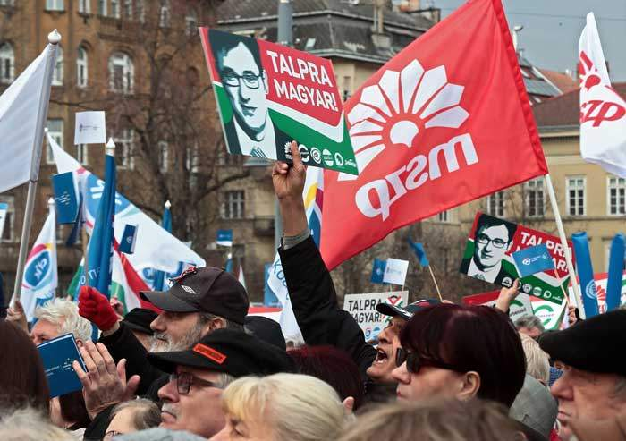 March 2018: Opposition activists at an election rally for the Socialist Party (MSZP)