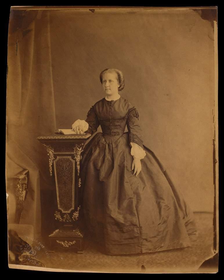 Fotografia da Princesa Isabel, ano desconhecido Joaquim Insley Pacheco \/ Acervo Fundação Biblioteca Nacional - Brasil