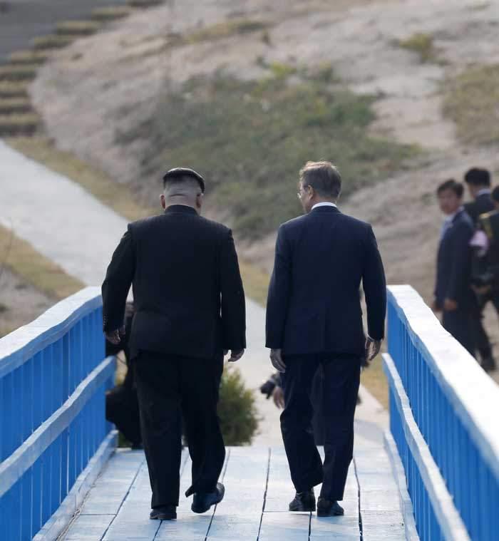 لقاء الجسر