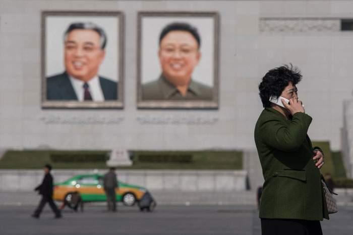 صور كيم جونغ أون وجده كيم أيل سونغ منتشرة في شوارع مدن كوريا الشمالية