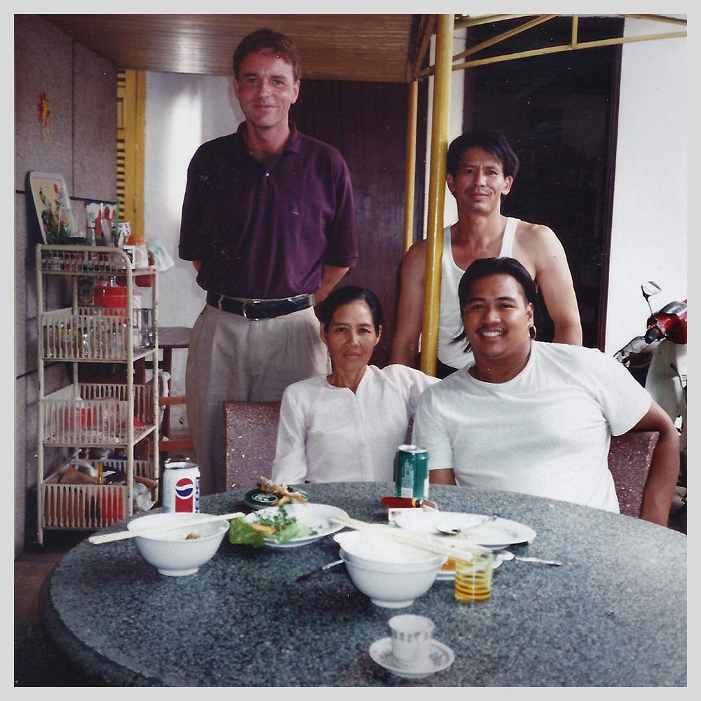The Ablenet team meet Tuy's mother for lunch