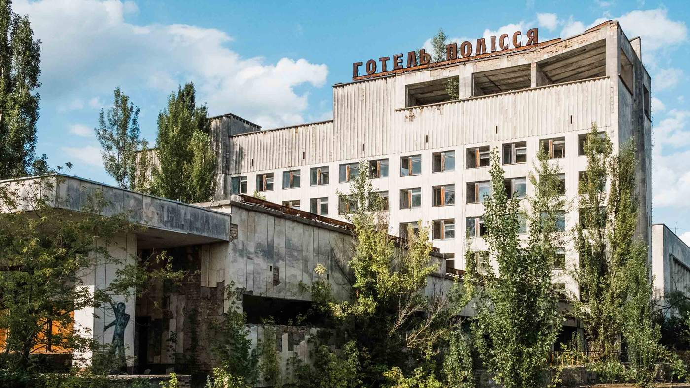 The people who moved to Chernobyl - BBC News
