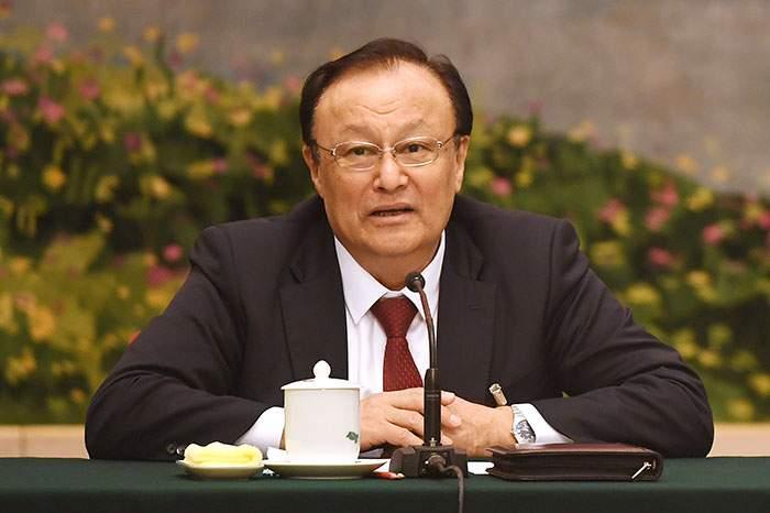 الإيغوري شهرت ذاكر أمين عام إقليم شينجيانغ