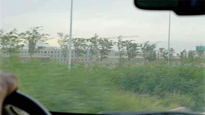 Стройка комплекса у Дабаньчэня, вид с дороги