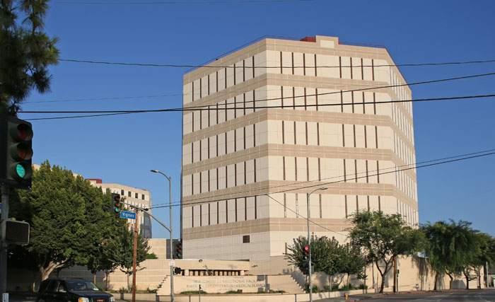 洛杉磯雙子塔監獄