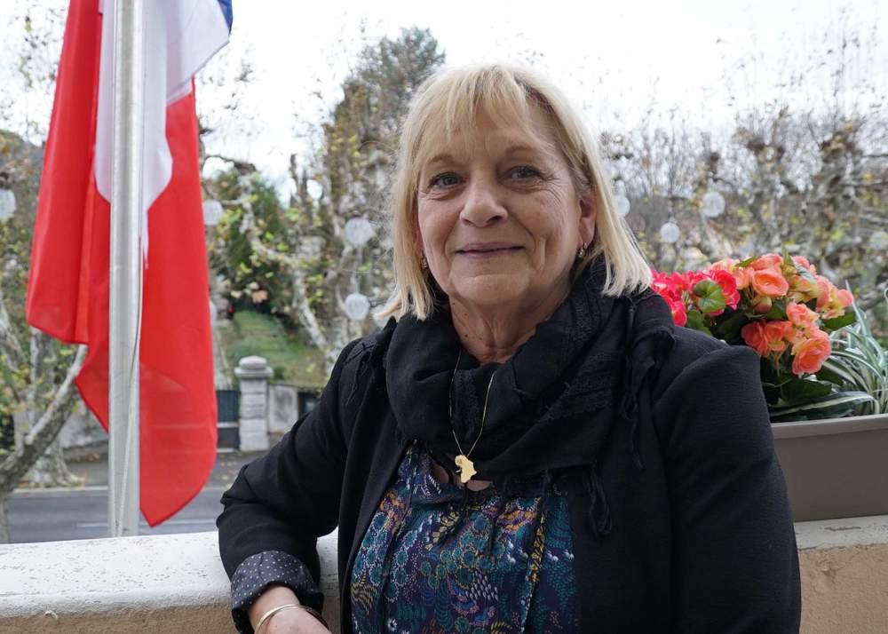 Mayor of La Penne-sur-Huveaune, Christine Capdeville
