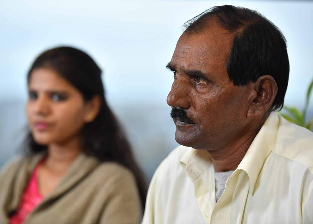 Ashiq Mesih (R) and Eisham Ashiq (L), the husband and daughter of Asia Bibi