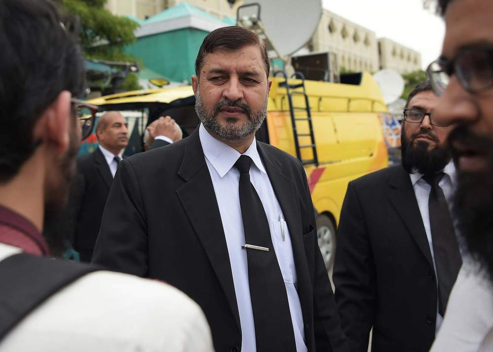 Lawyer Ghulam Mustafa Chaudhry (C)