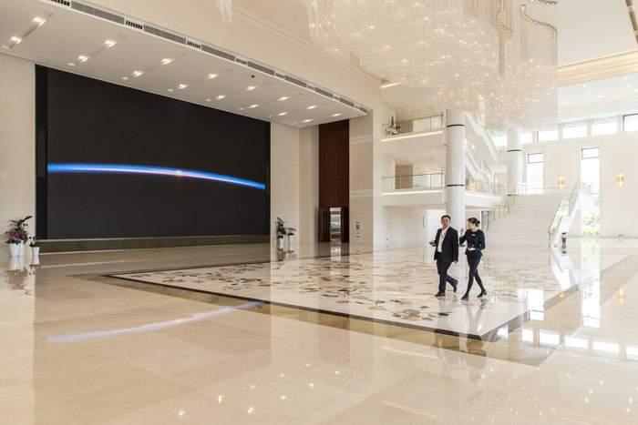 Inside Huawei's Shenzhen HQ