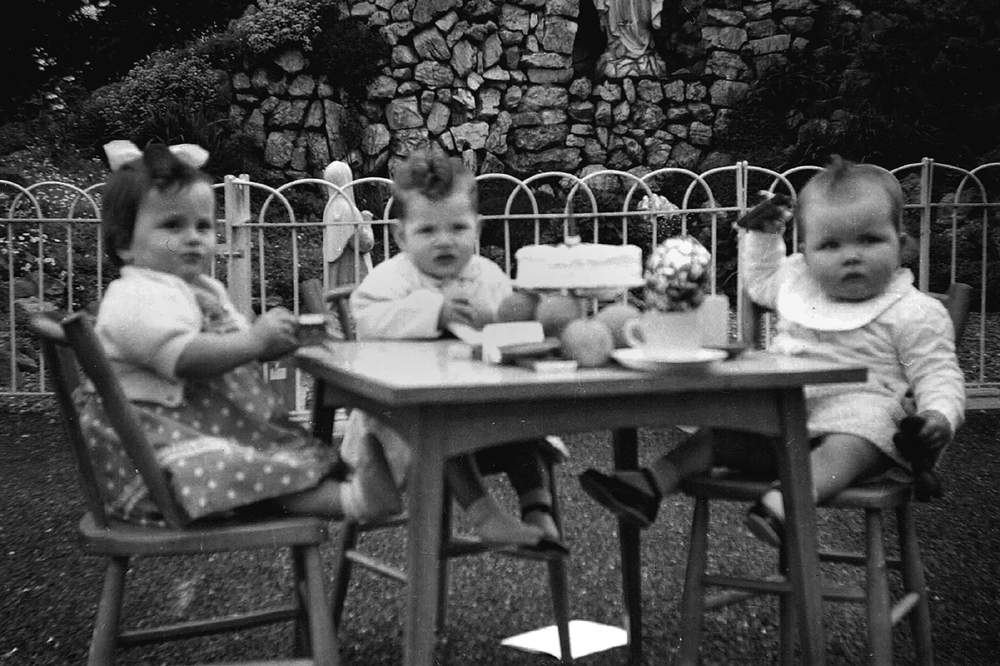 Mari Steed as a toddler (left)