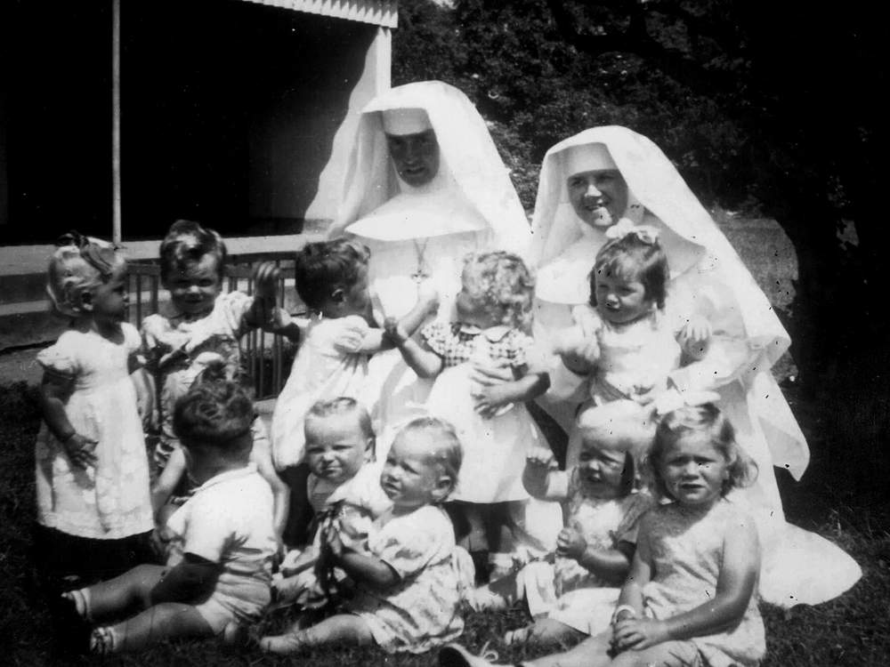 Nuns and children at Bessborough