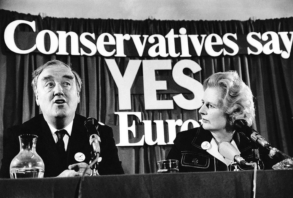 Conservative leader Margaret Thatcher (r) during the referendum campaign on Europe, June 1975