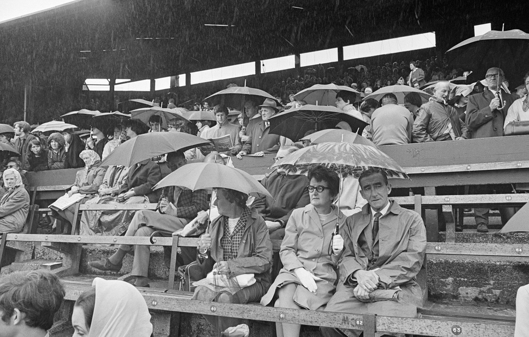 How the Wimbledon crowd looked in 1968