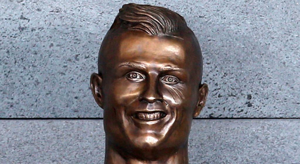 Ronaldo heykeli