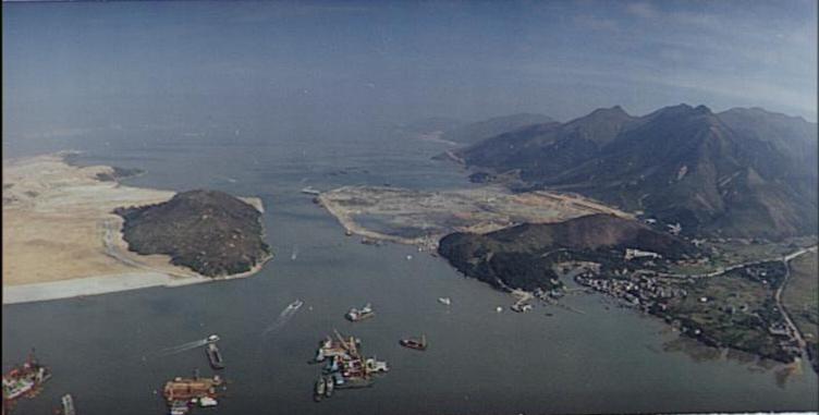 1994年,東涌與赤鱲角機場填海正在進行