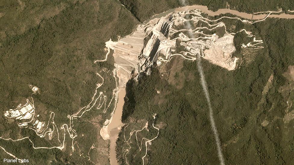 Imagens de satélite do rio Cauca