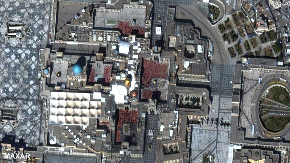 Santuario del Imán Reza en Mashhad, Irán, el 14 de febrero de 2020
