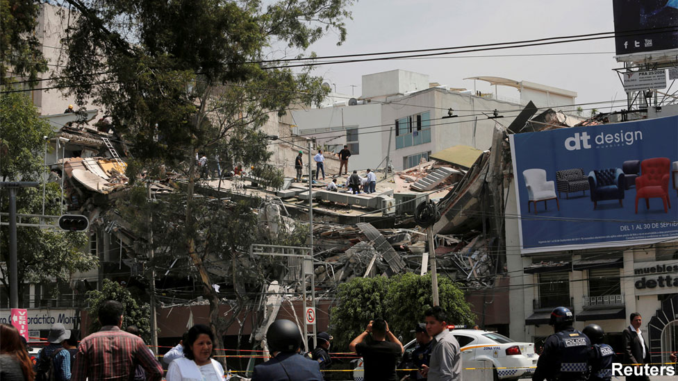 Mexico City street after quake