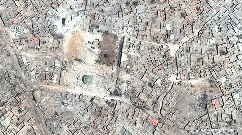 Temmuz 2017'de Musul'daki El Nuri Camii'nin uydu görüntüsü