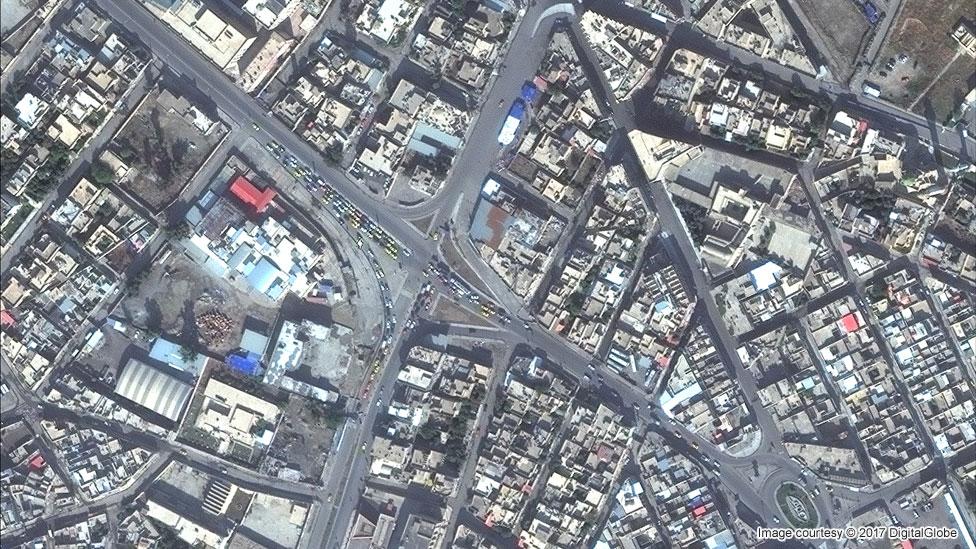 Musul'daki Eski Kent'in Kasım 2015'teki uydu görüntüsü