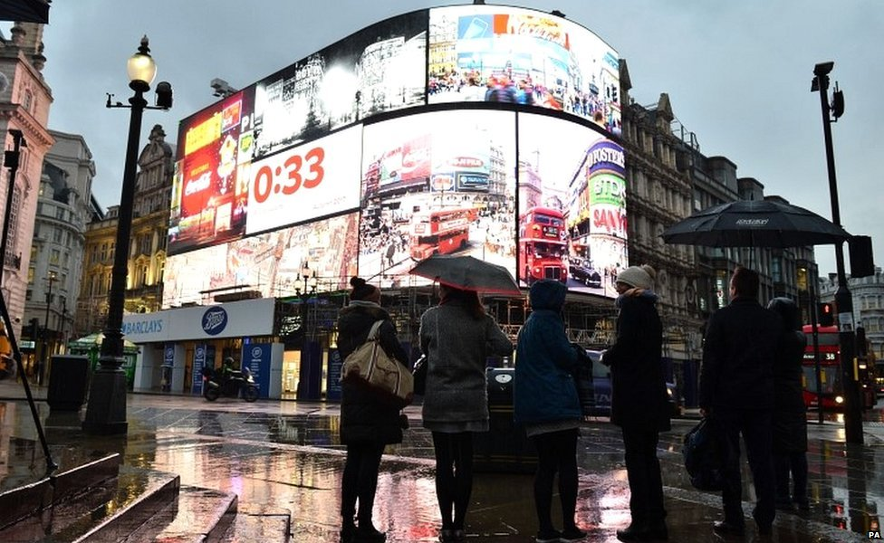 Iconic Piccadilly Circus lights switched off until autumn
