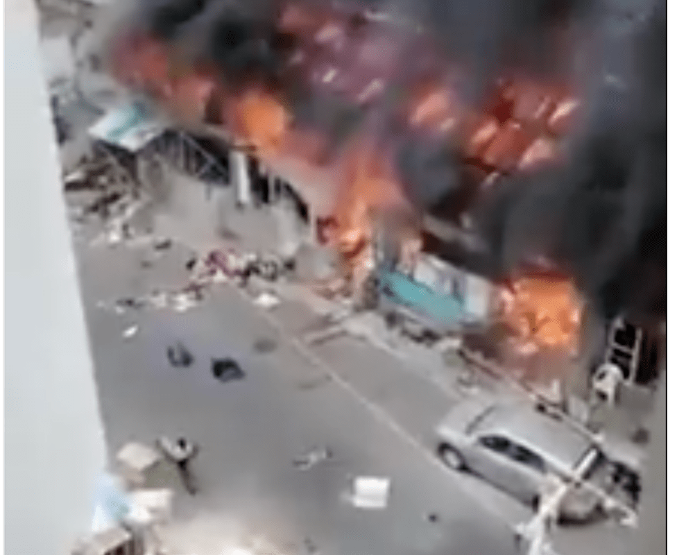 The video actually shows a market fire in Ibadan, Nigeria.